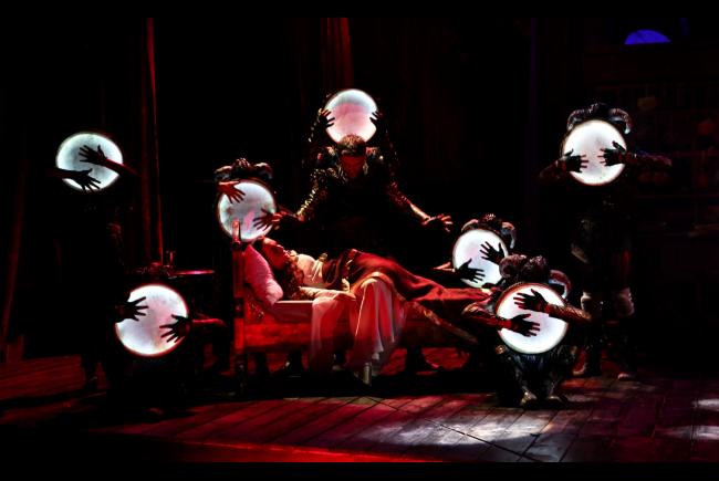 bersisa tiyatro oyunu